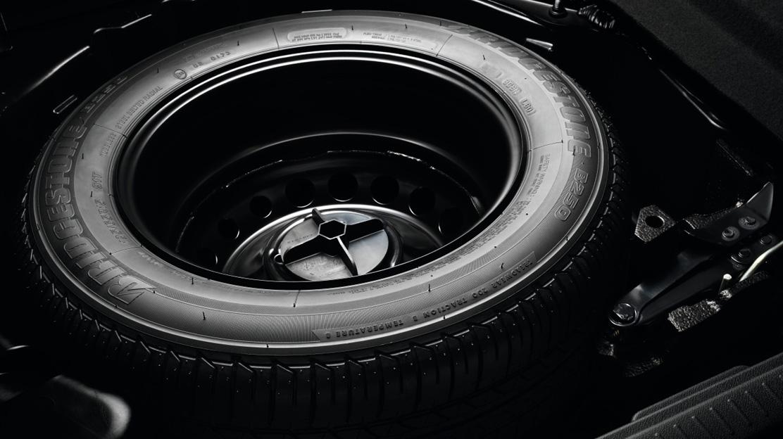 Малоразмерна резервна гума