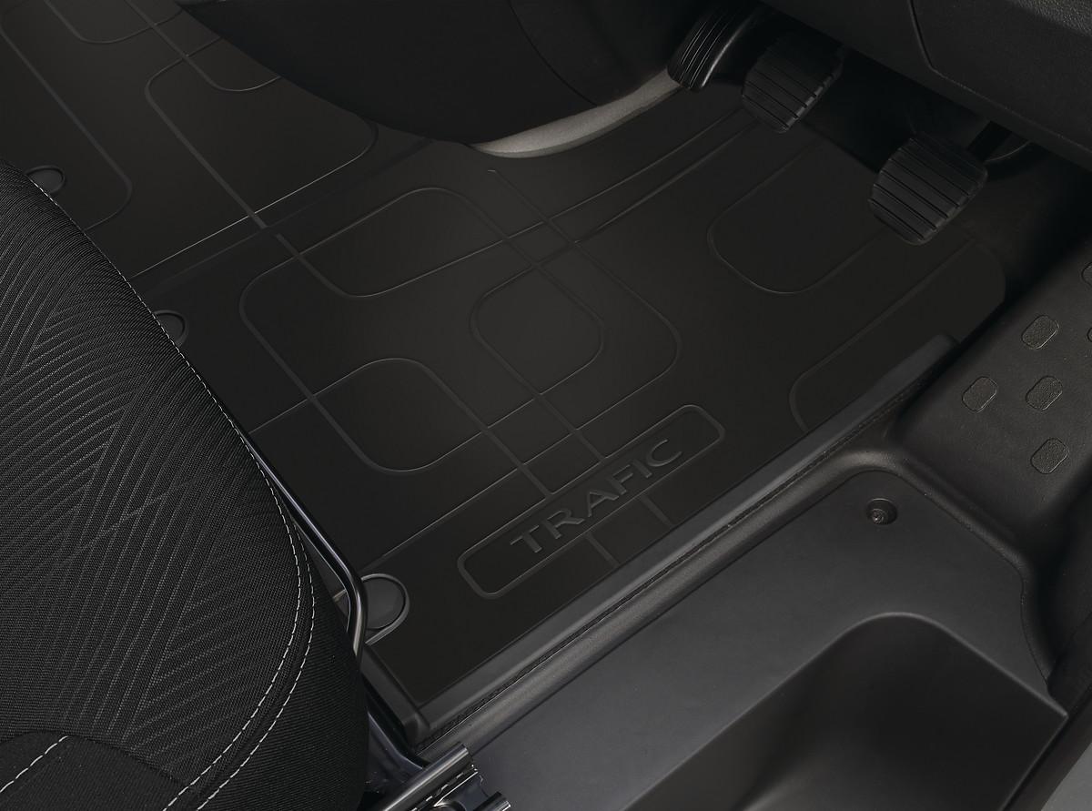 Гумове покриття підлоги в пасажирському відділенні