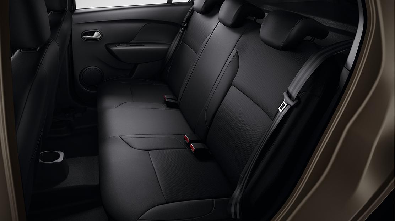 Tříbodové bezpečnostní pásy na zadních sedadlech