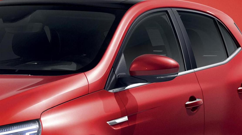 Oglinzi retrovizoare degivrante, reglabile si pliabile electric