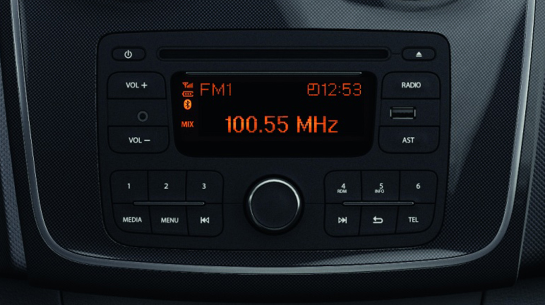Dacia Plug & Radio