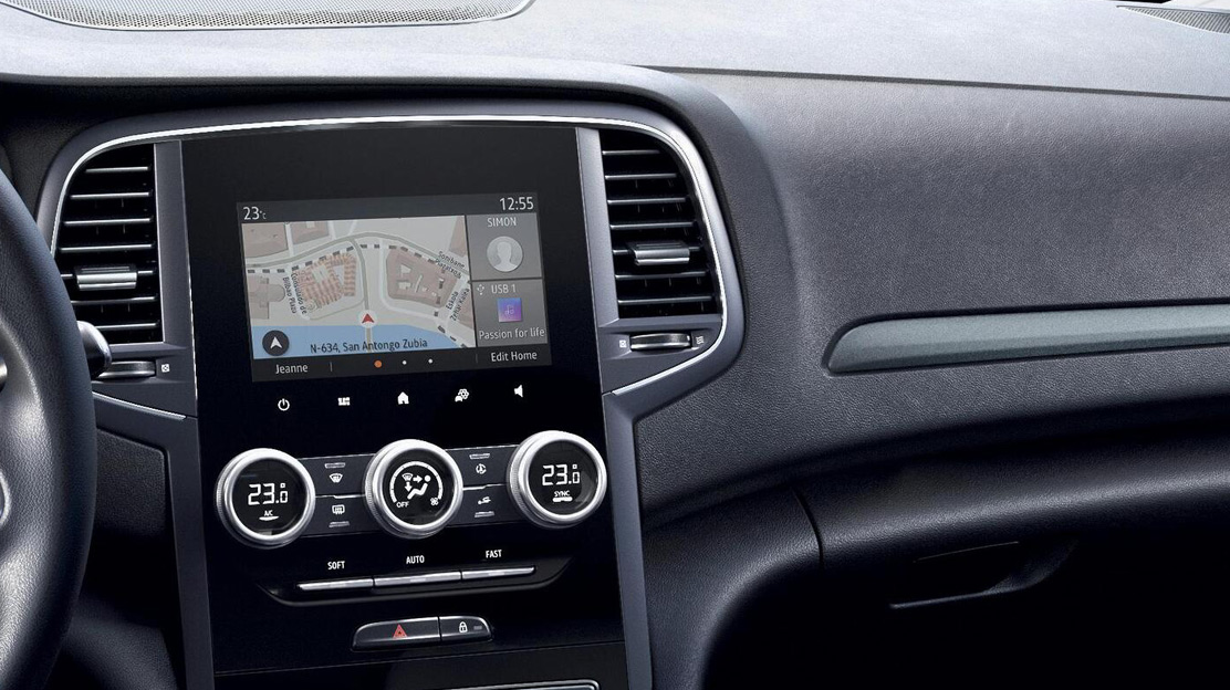 EASY LINK mit 7-Zoll-Touchscreen
