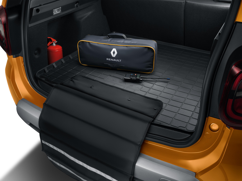 Поддон в багажник версии 4х4 с защитным фартуком
