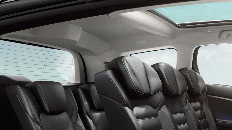 Extra comfort rear headrests