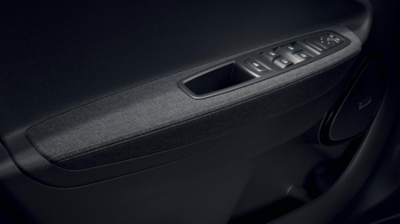 Elevalunas eléctricos delanteros y conductor impulsionable
