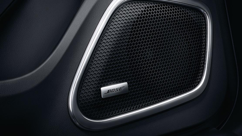 Bose® Surround Sound System avec radio DAB+, 11 haut-parleurs et un caisson twin-bass-reflex
