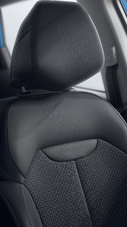Fahrersitz manuell höhenverstellbar mit Lendenwirbelstütze