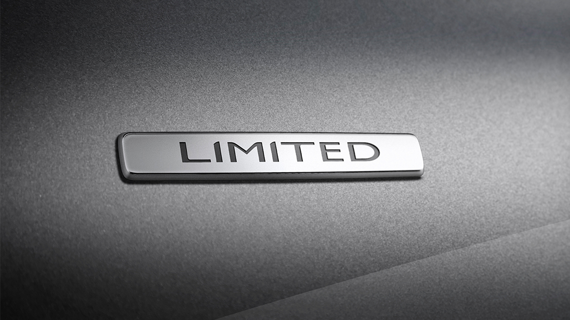 Badge cromado Limited
