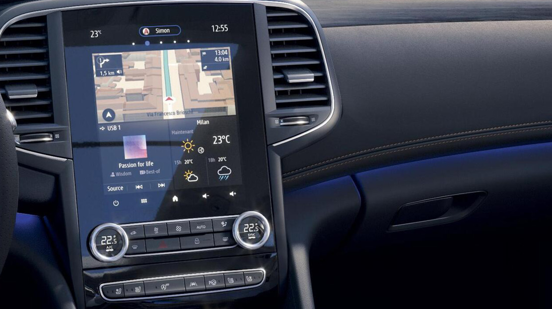 EASYLINK avec écran 9,3'' vertical et navigation, système multimédia avec radio DAB