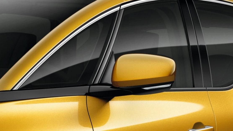 Zunanji ogledali v barvi vozila