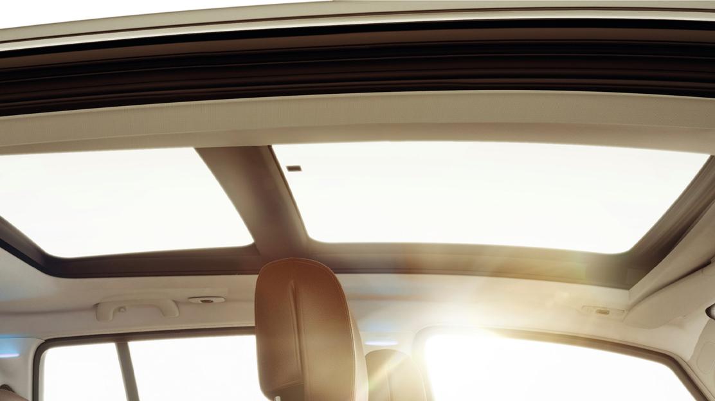Panorama-Glasschiebedach (elektrisch)