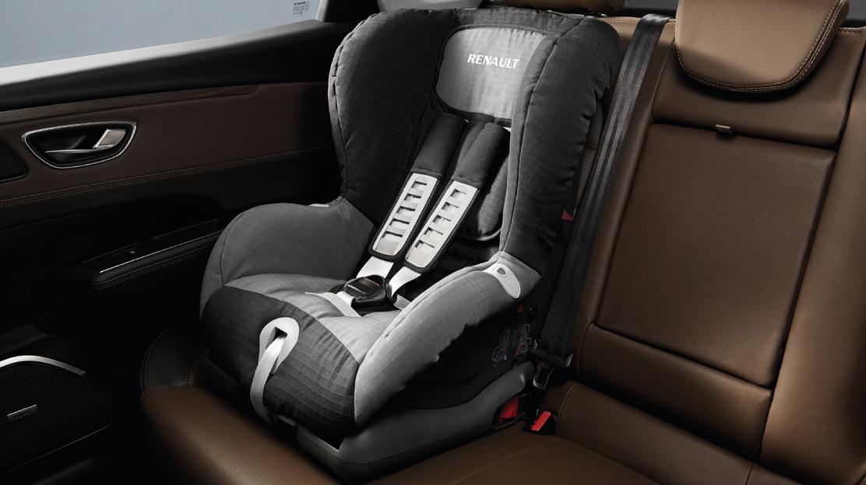 Isofix-bevestigingen voor kinderstoel op de zijdelingse passagiersplaatsen achteraan
