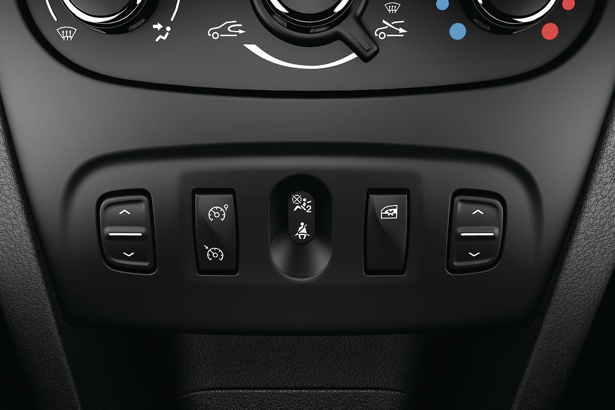 Круїз-контроль + обмежувач швидкості