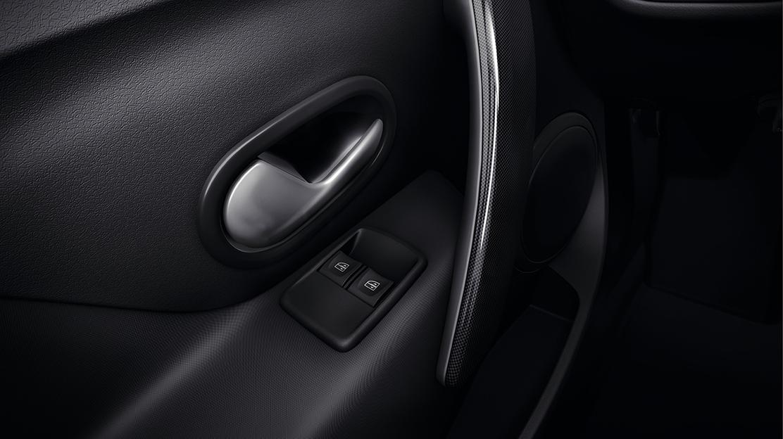 Elektrisch bedienbare zijruiten vóór met sneltoetsbediening aan bestuurderszijde