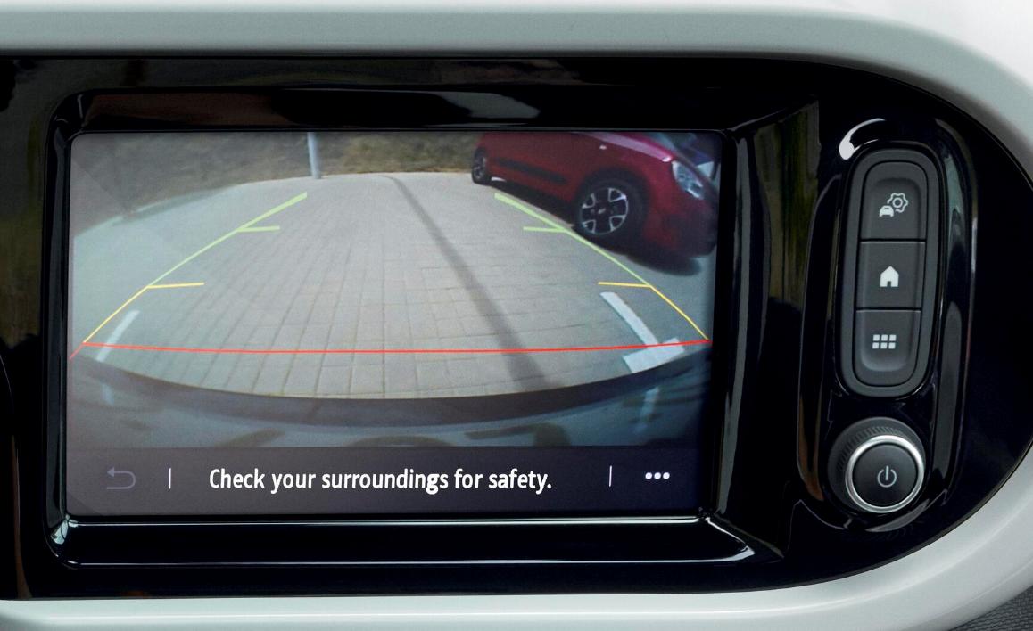 Sensori di parcheggio posteriori con telecamera di retromarcia