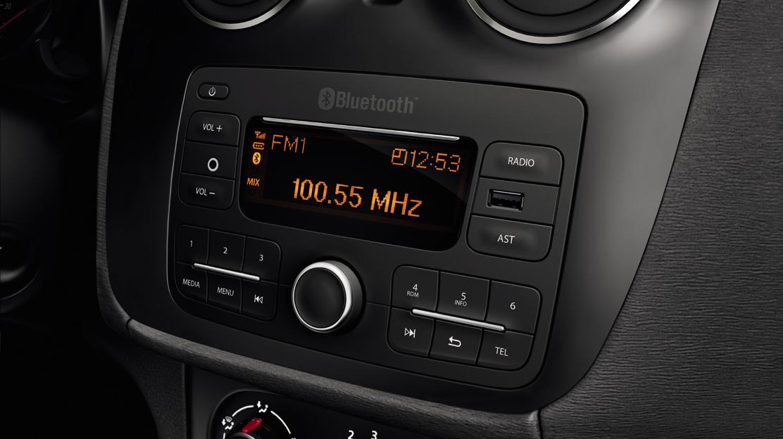 Dacia Plug&Radio: Rádio MP3 c/conexão Jack, USB e Bluetooth®