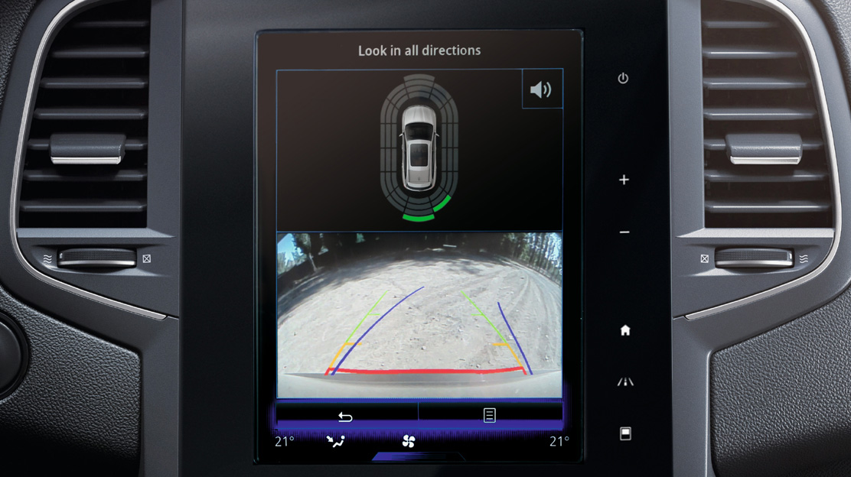 Parkeerhulp vooraan en achteruitrijradar en -camera
