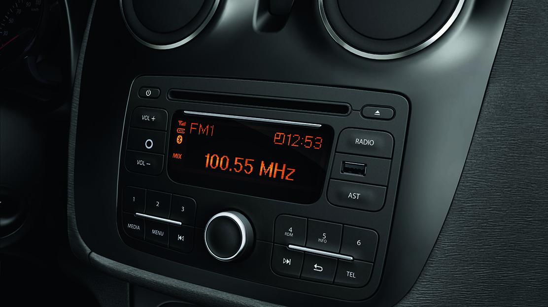 Radio, CD, MP3, Bluetooth, AUX, USB