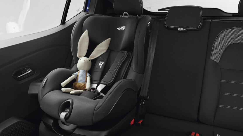 Fixation Isofix pour siège enfant aux places latérales arrière