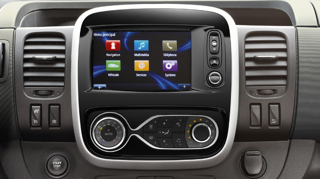 Renault R-link multimedia system with navigation