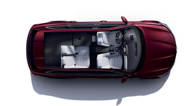 Rücksitzbank hinten 1/3, 2/3 umklappbar mit Mittelarmlehne