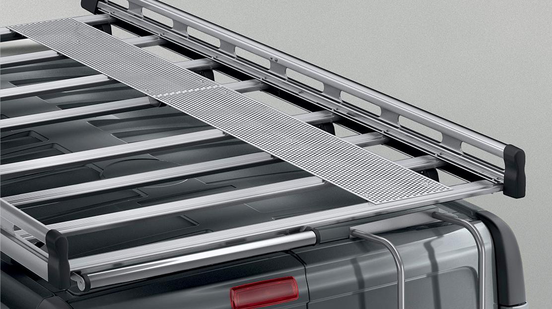 Galería aluminio con pasarela