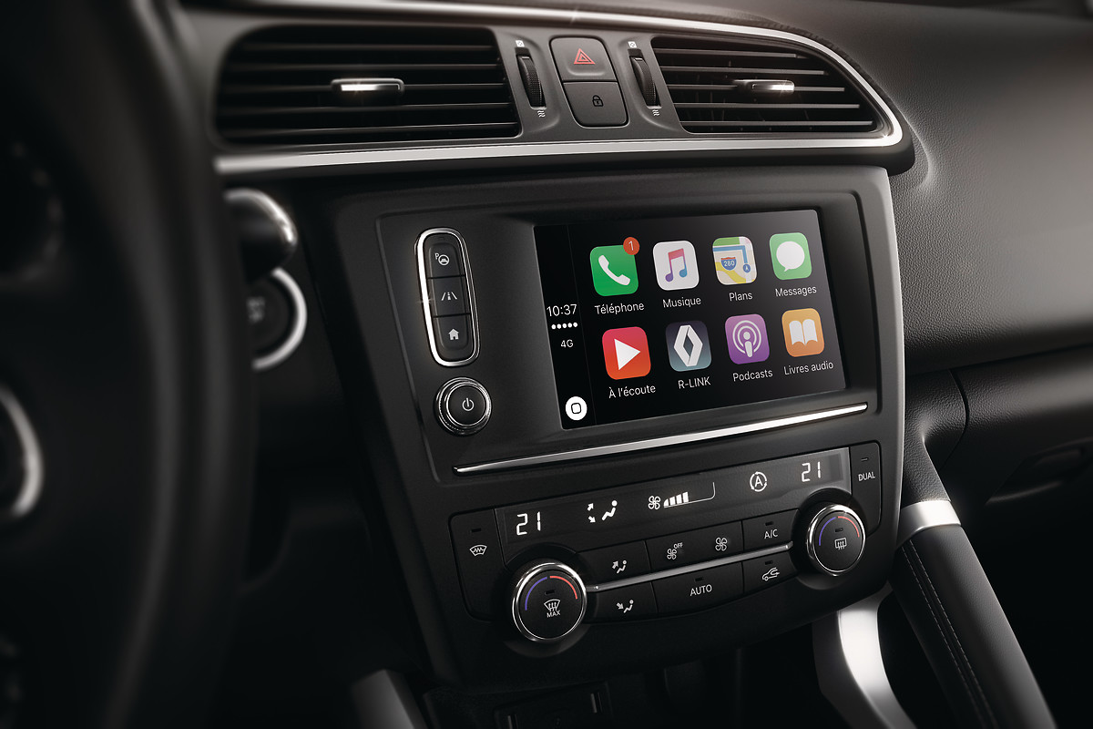 Підтримка Apple CarPlay, Android Auto