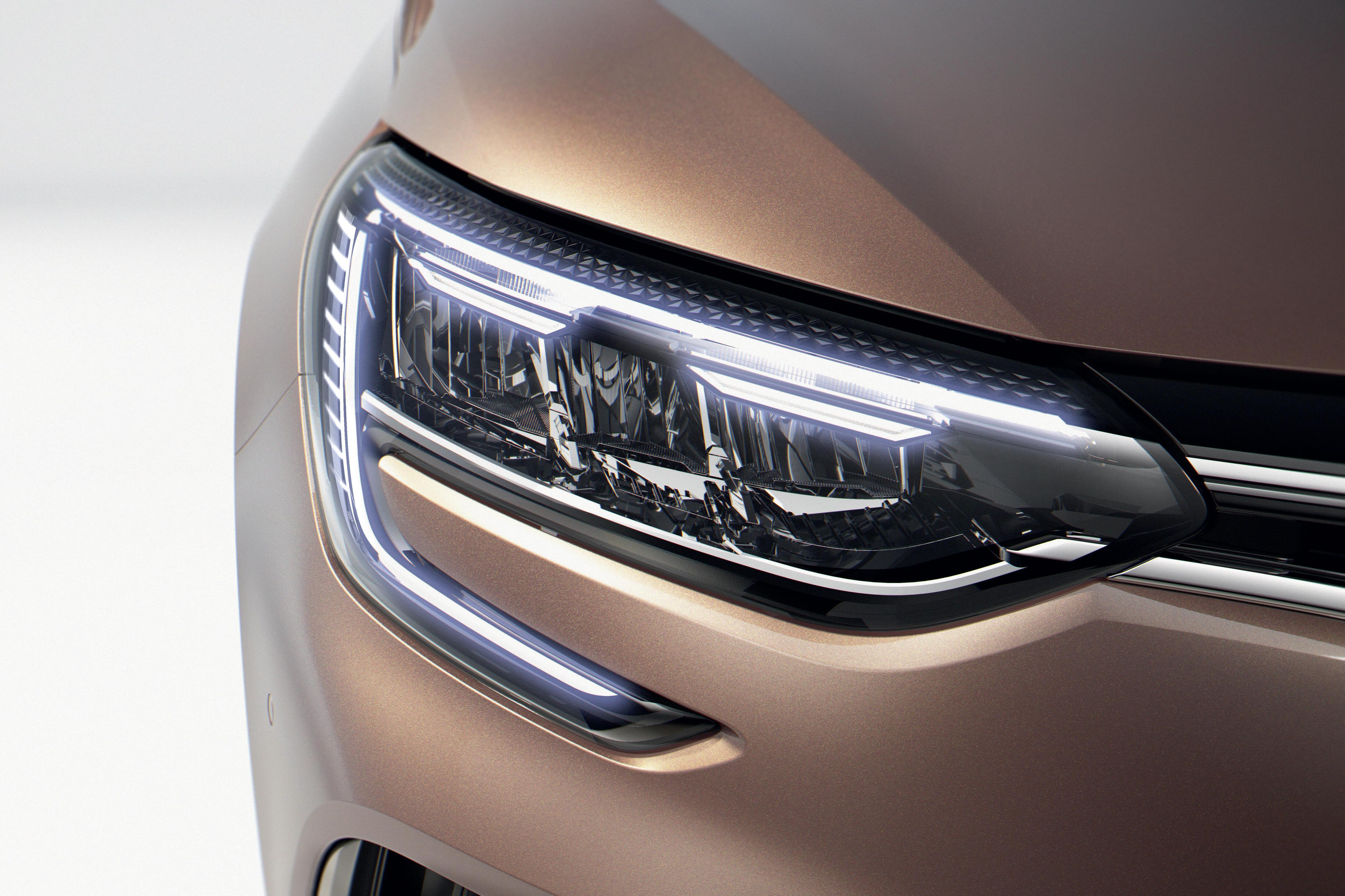 funkcja automatycznej zmiany świateł drogowych na mijania (AHL)