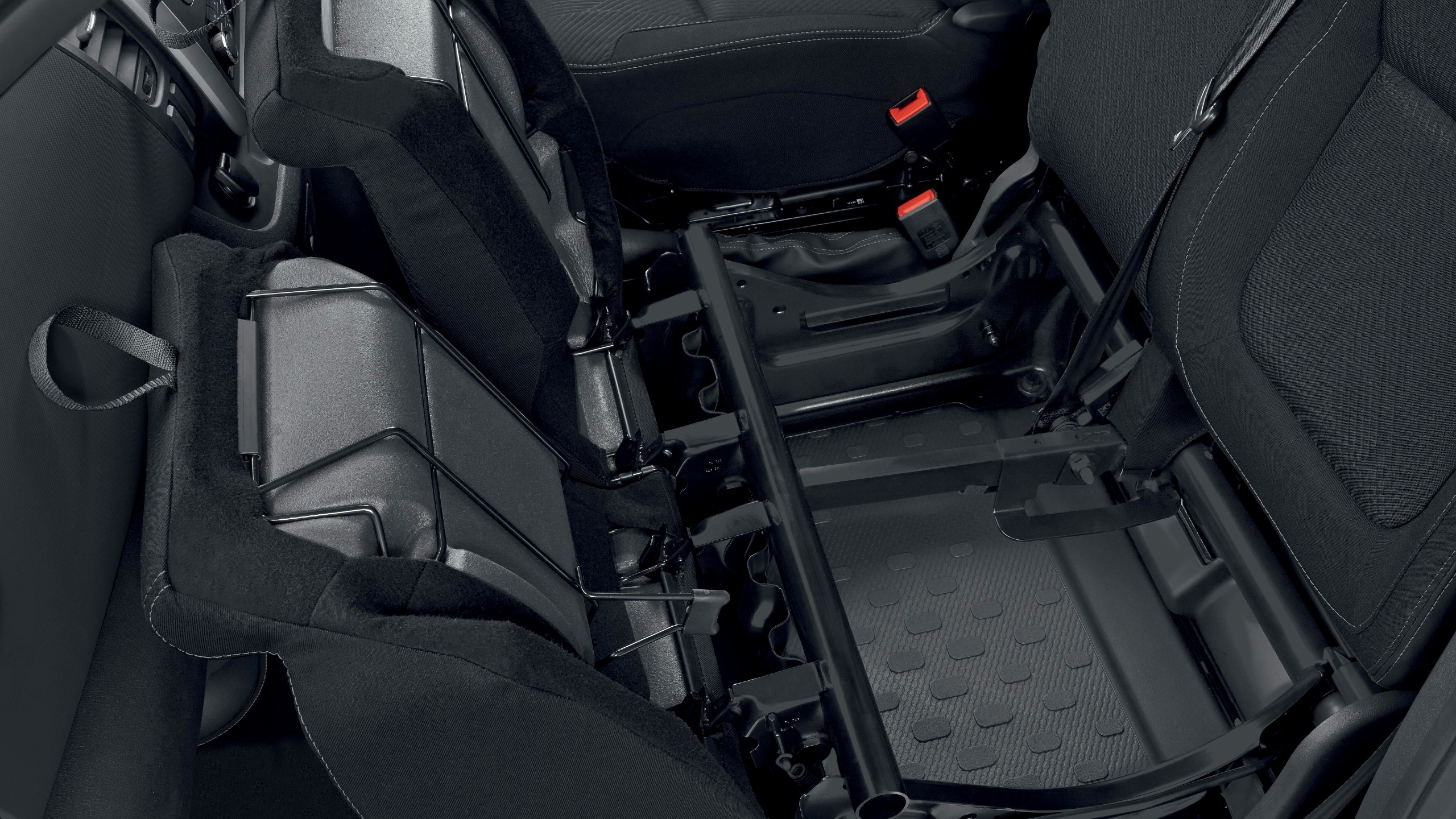 Front passenger bench seat with underseat storage
