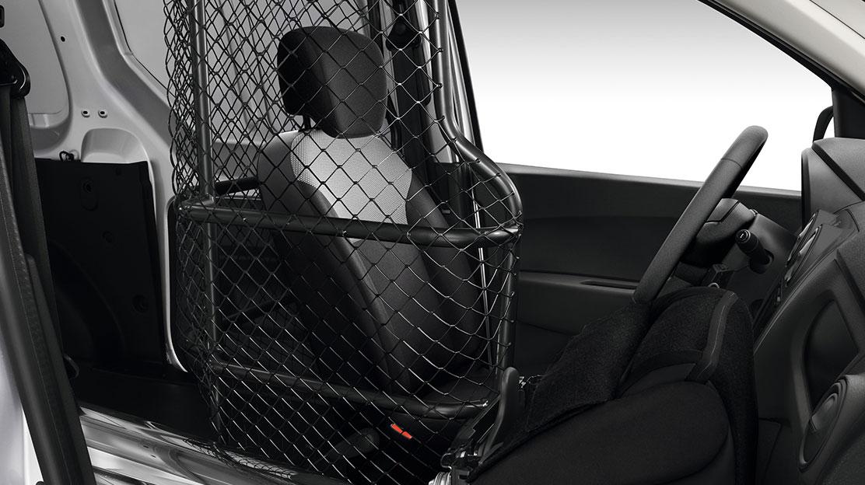Vario-Trennwand, vergittert und drehbar (Teil des Dacia Easy Seat-Systems)