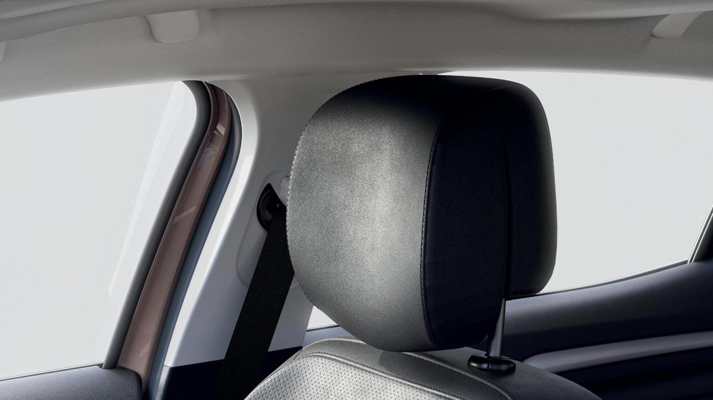 Airbag latéraux avant et airbags rideaux avant et arrière