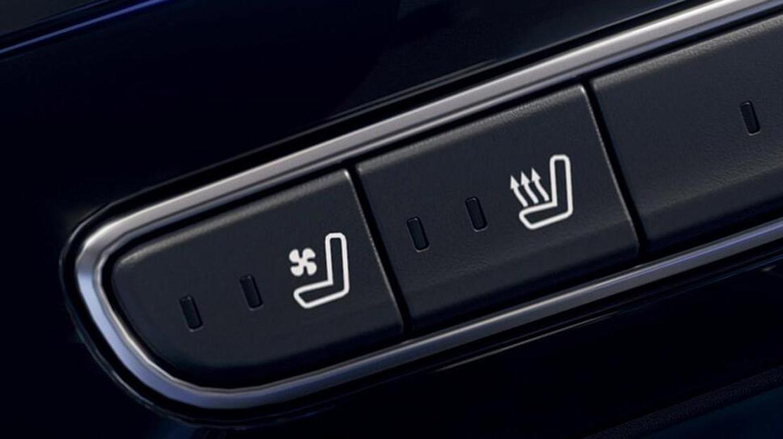 Fahrer- und Beifahrersitz beheizbar