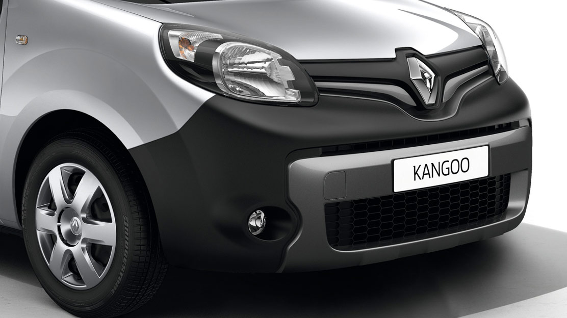 Sports bumper with silver insert