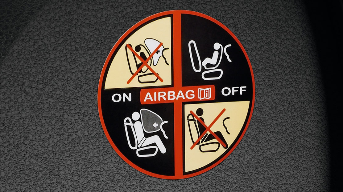 Airbag pasager deconectabil