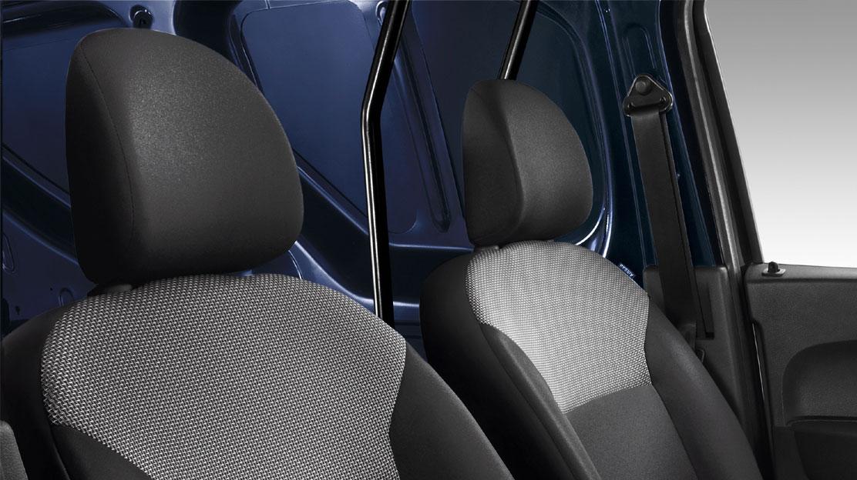 Schutzstange hinter Fahrersitz
