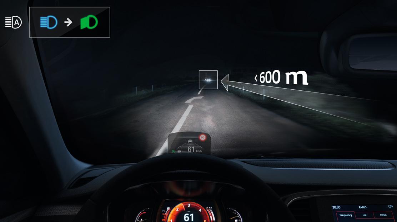 Commutation automatique des feux de route/croisement
