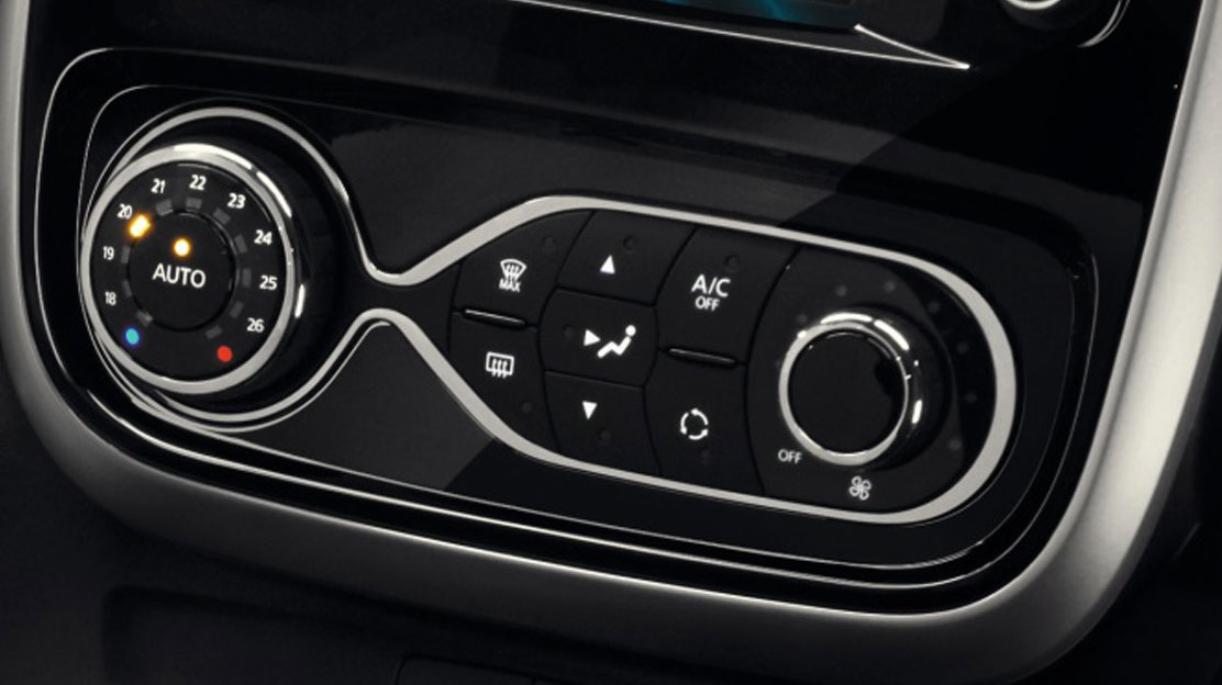 Climate control with manual rear