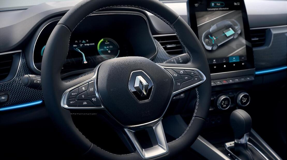 Stuurwiel met rundleder bekleed en bediening cruise control en snelheidsbegrenzer