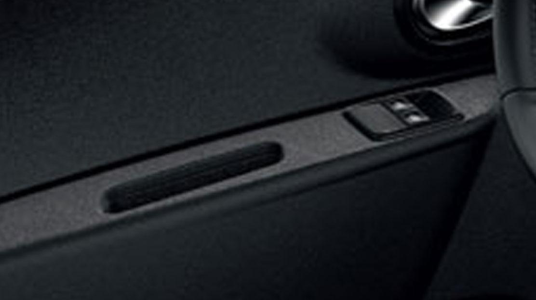 Lève-vitres avant électriques, impulsionnel côté conducteur