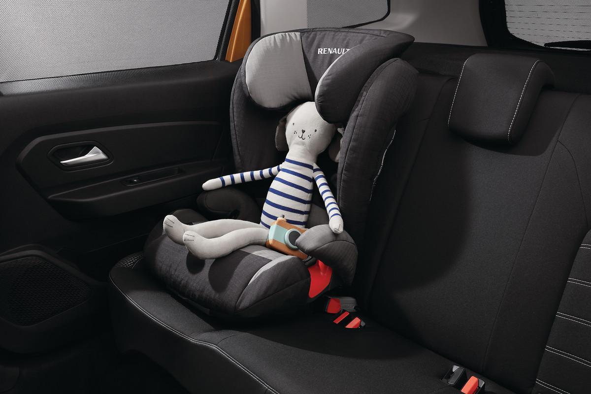 Isofix sustav za pričvršćenje dječje sjedalice na stražnjim bočnim sjedalima