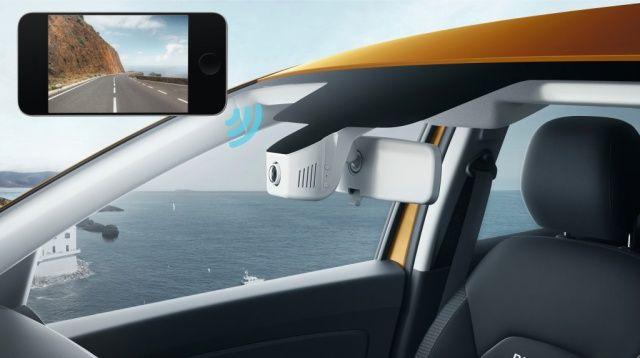 Cameră supraveghere trafic integrată în oglinda retrovizoare