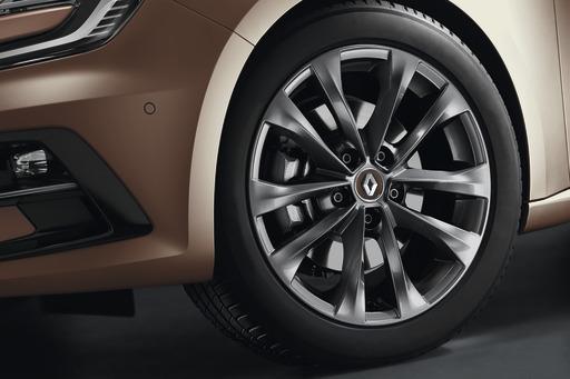 Renault Nabenkappe in Cappuccino-braun mit Chromeinfassung