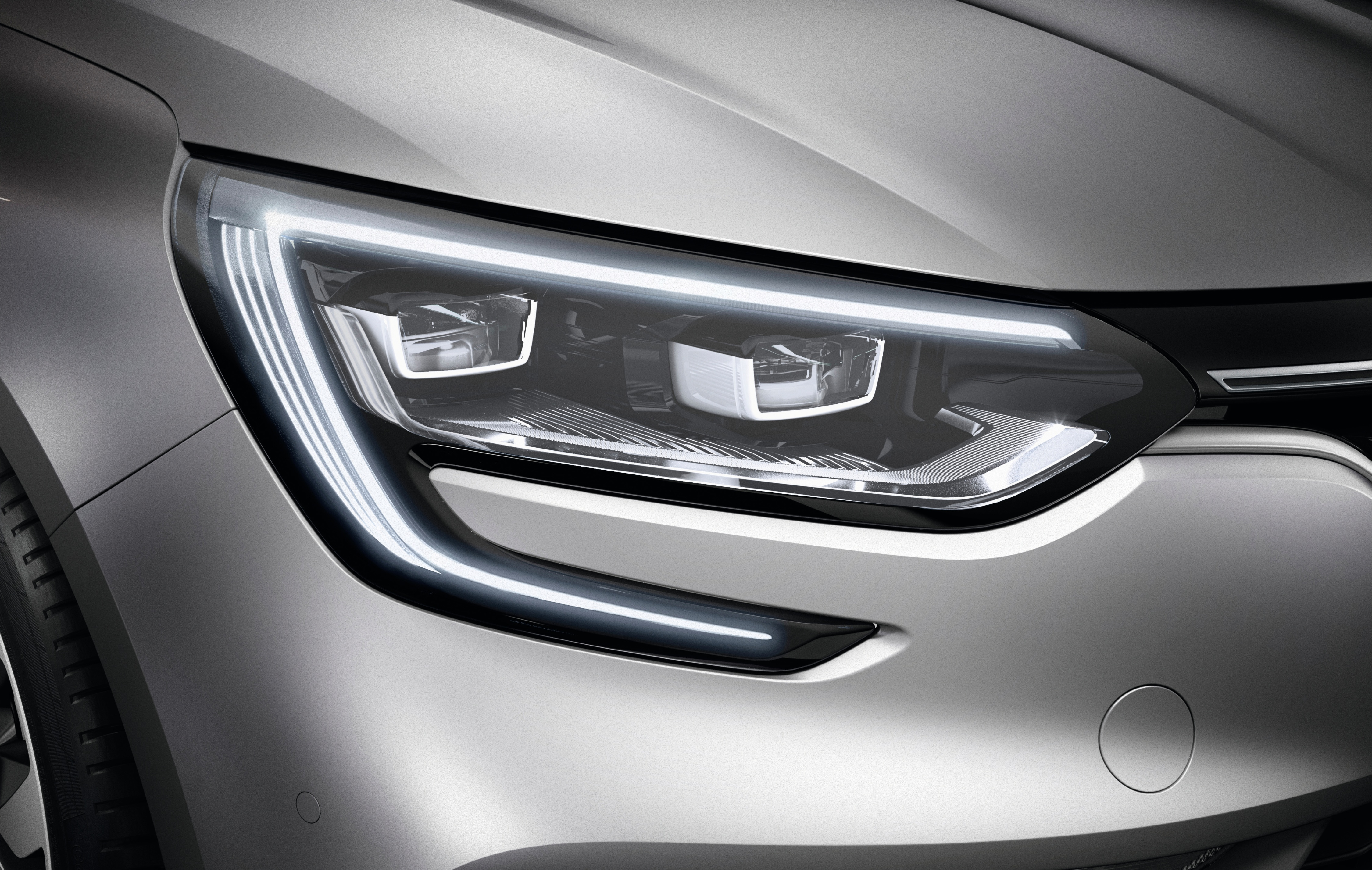 światła do jazdy dziennej LED (6 LED)