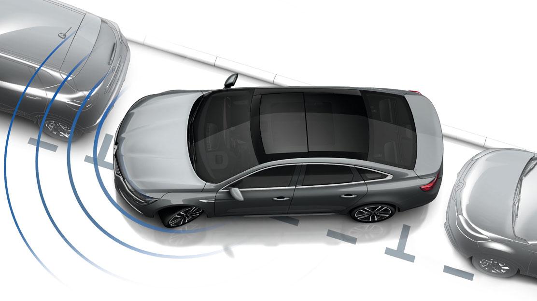 Ayuda al aparcamiento delantera y trasera + cámara de visión trasera