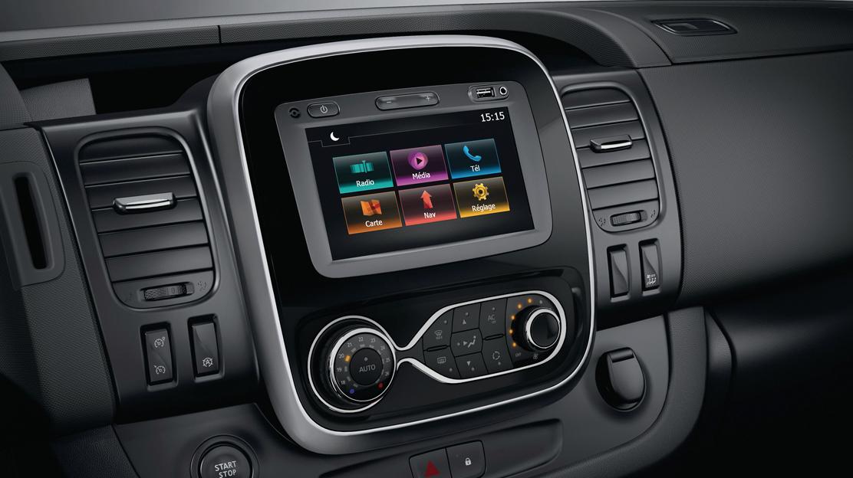 Media Nav Evolution con pantalla táctil de 17,8cm  (7''): eficiencia y sencillez