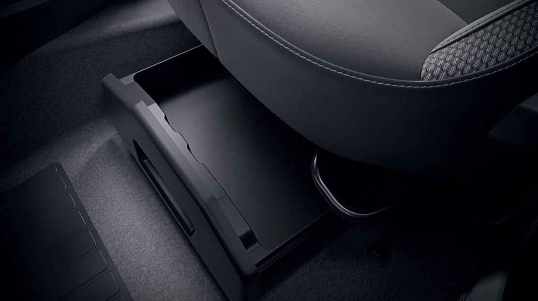 Siège conducteur réglable en hauteur avec réglage lombaire et accoudoir