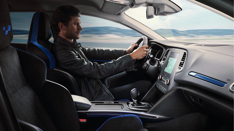 Im Sitz integrierte Kopfstützen GT Design