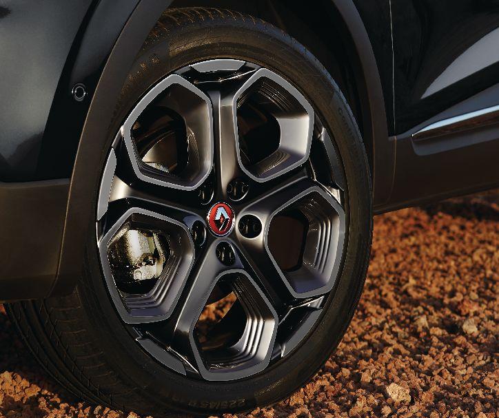 Renault Nabenkappen in Flammenrot mit Chromeinfassung