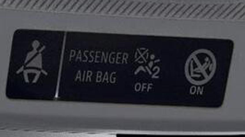Waarschuwing bij het niet dragen van de veiligheidsgordel