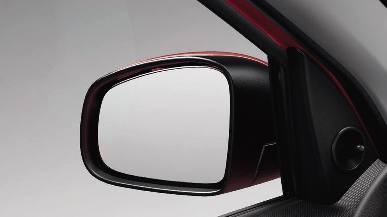 Buitenspiegels van binnenuit handmatig verstelbaar
